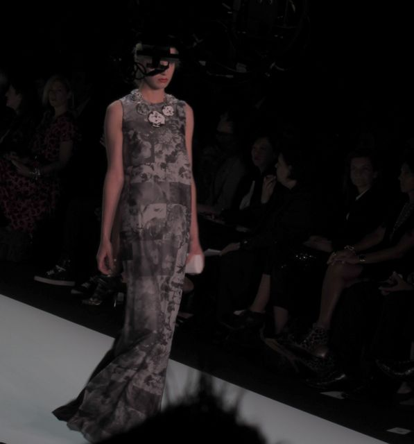 runway look at Isaac Mizrahi