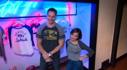 Joe Manganiello, Isabela Moner