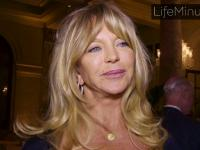 Goldie Hawn Talks Mother's Day