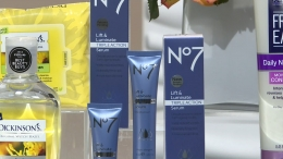 No7 Lift & Luminate Triple Action Serum