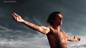 Justin Bieber Launches Plant-Based Deodorant