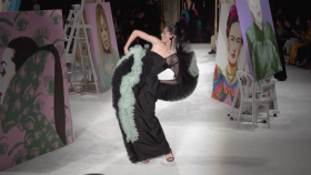 Christian Siriano, NYFW, Lucy Liu, Alicia Silverstone, Meghan Trainor, Sarah Michele Gellar, Larsen Thompson, Ashley Graham, Jeannie Mai, Fashion, lifeminute, lifeminute.tv