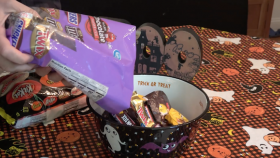 BOO Survey Says Parents Steal 86 of Their Kids Candy Haul